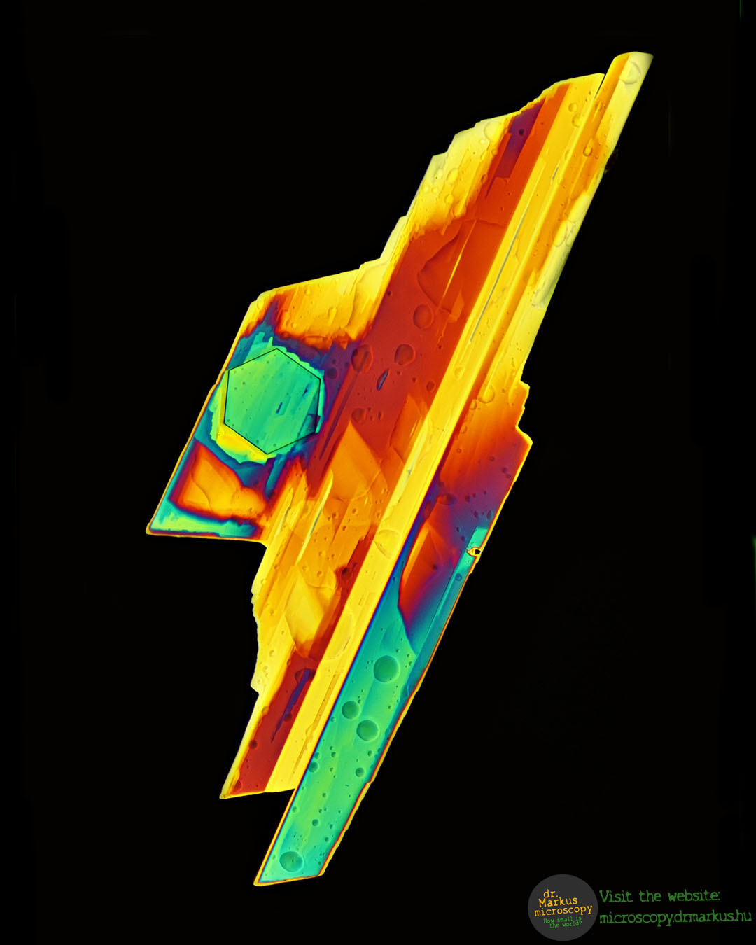 Etomidate crystal in polarized light under the microscope